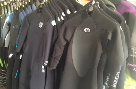 cat-womens-wetsuits.jpg